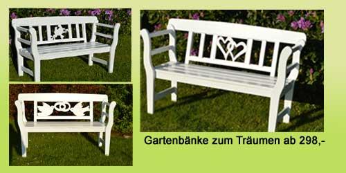weiße Holzgarten-bänke zur Hochzeit